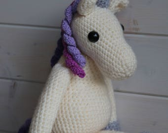 Violet the unicorn crochet pattern