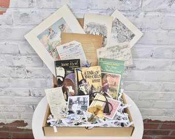 Mystery Book Lover Box - Mystery Book Box - Mystery Box - Mystery / Literature / Poetry / Hobby - Book Lover Gift - Vintage Books Surprise