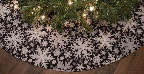 image 0 - Black Christmas Tree Skirt