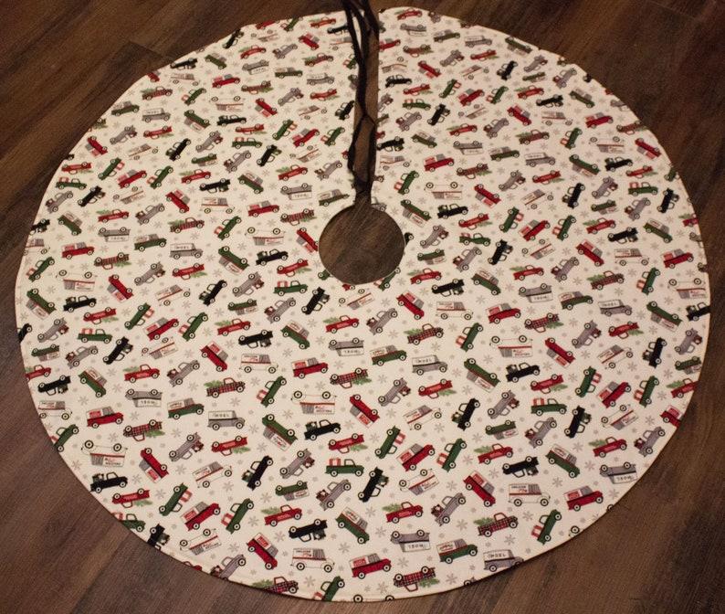 Christmas Tree Skirt-Antique Truck Decoration-Classic Truck-Vintage Truck Tree Skirt-Christmas Decoration-Antique Truck-Holiday Decor-42-43