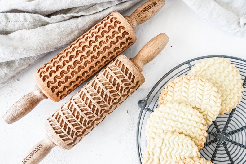 KNIT STITCHES  set of 2 mini embossing rolling pins for image 1