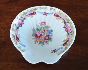 Vintage Collectible T. Limoges Depos Italy porcelain clam shell colourful floral flowers white soap tray dish trinket  jewellery ring holder