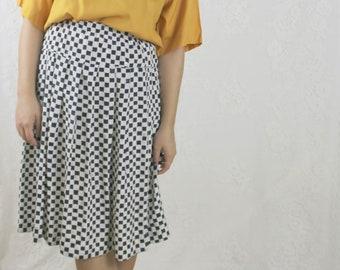 80s Checkered Flag Midi Skirt // Vintage Navy White Pleated Polka Dot Skirt // Size: S