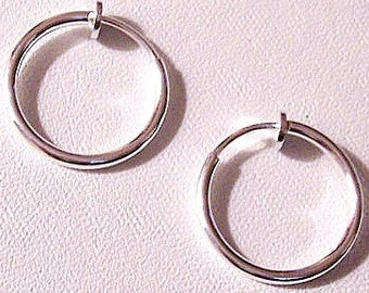 """Thin Tube 3/4"""" 17mm Hoops Clip On Earrings Silver Plated Vintage Non Pierced Plunger Style Open Ring Plain Dangles"""