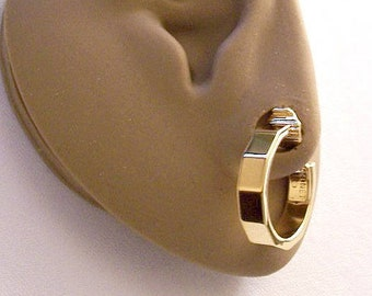 Monet Crimped Hoops Clip On Earrings Gold Tone Vintage Smooth Polished Comfort Paddles Open Round Ring Dangles