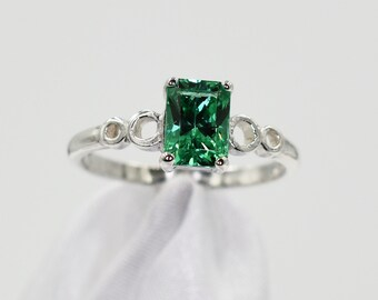 January Birthstone Birthstone Ring Set in 925 Sterling Silver Mounting 7x5 mm Emerald Cut Something Green,1.45 carats Green Garnet Ring
