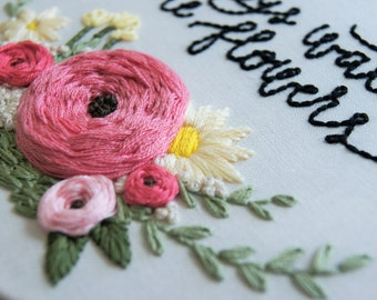 Hand Embroidery Pattern, Floral Wreath Pattern, Embroidery Supplies, Hand Embroidery, Embroidery Hoop DIY, Rose Embroidery, Rose Wreath