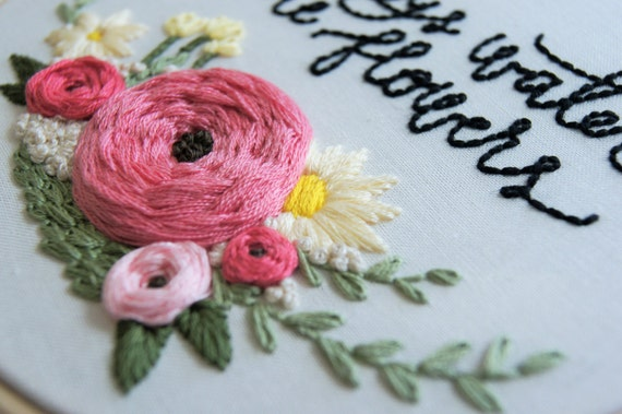 Hand Embroidery Pattern Floral Wreath Pattern Embroidery Etsy