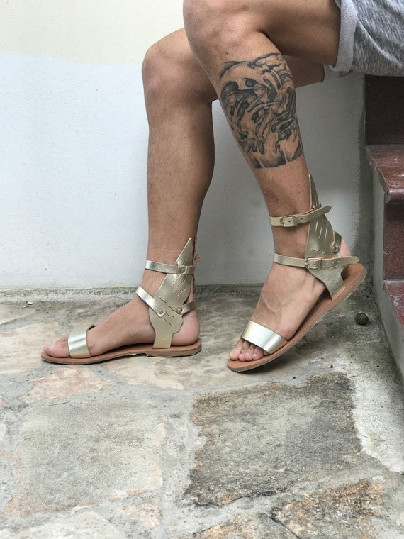 gold gladiator sandals for men with wings ankle length, summer boots, Greek Roman theatrical festival party sandals Cosplay