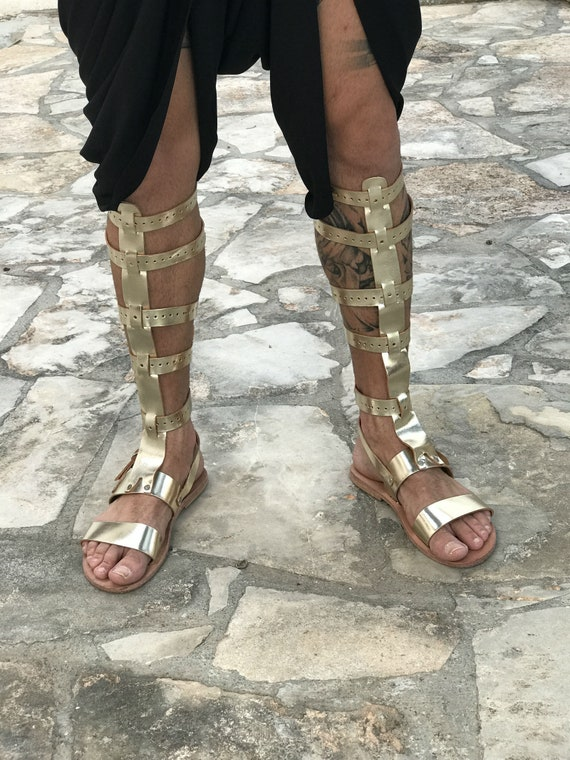 gladiator sandals for men gold knee length tall gladiator leather sandals, Greek Roman theatrical medieval costume sandals Cosplay