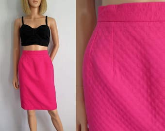 Pink pencil skirt, high waisted, knee length, french vintage retro, small