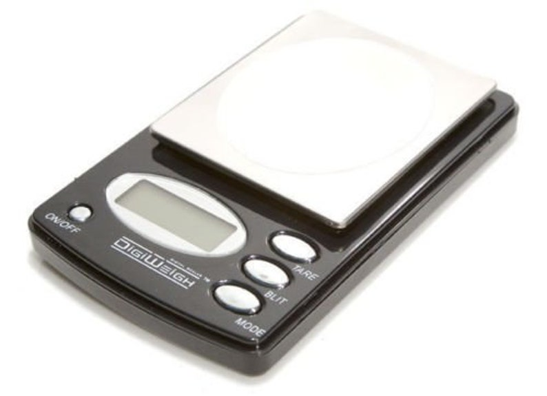 Digiweigh Digital Scale Pocket 1000x0 1 gram g/oz/ozt/dwt Jewelry Gold  Reloading