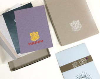OMMMMM 6 Greeting Cards in Box