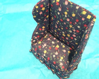 Scale1:12 Dollhouse Miniature Furniture Floral Pattern Cloth Wing Chair and Ottoman Set 2 pcs