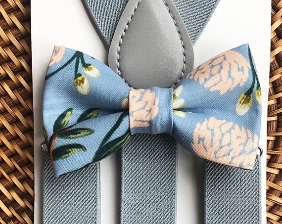 Floral Bow Tie & Gray Suspenders, Dusty Blue Bow Tie, Beach Wedding, Ring Bearer Outfit, Bow Ties for Men, Bow Ties for Boys, Bow Ties