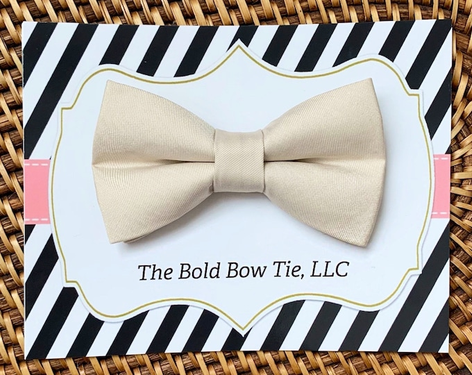 Champagne Dog Bow Tie, Dog Bowtie, Dog Accessories, Dog gifts, Dog Wedding, Wedding Dog Collar, Dog Clothes, Dog Gift, Gifts for Dog Lovers