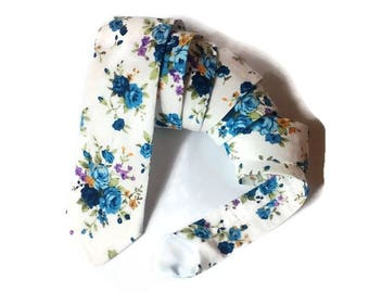 skinny tie white blue floral tie for wedding/gift for men/gift for husband/gift for boyfriend/mens gift idea/tie for groomsmen/tie for groom