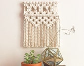 Small Macrame Wall Hanging/Tapestry/Weaving