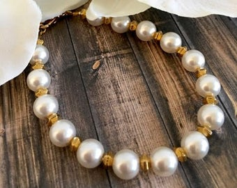 Gold Swarovski Pearl Minimalist Bracelet