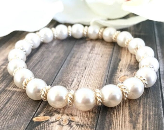 White Swarovski Pearl Silver Minimalist Style Bracelet