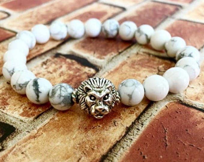 Silver Lion White Howlite Beaded Bracelet