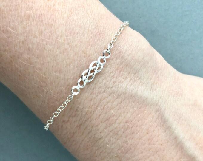 Infinity Bracelet for Mom