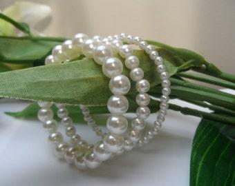 Girls set of 3 Pearl Stretchy bracelets, flowergirl bracelets, set of 3 bracelets, stretchy bracelets, girls pearl bracelets