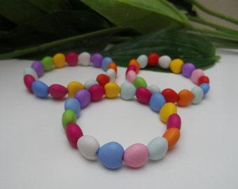Girls set of 3 Stretchy colored bracelets, colored bracelets, girls bracelets, stretchy bracelets, girls party favors, bracelet party favors