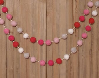 Valentine's Day Garland, Red, White & Pink - Valentines Day Decor, Valentines Day Banner, Valentines Day Bunting, Pom Pom, Felt Ball Garland