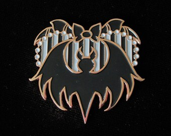 Creepy Lapel Pin Pretty Bones Skull Girl Enamel Pin Girly Spooky Crossbones Spooky Cute Halloween Badge Skeleton Pastel Goth