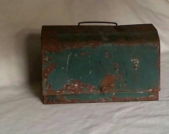 Rusty Green Box, Small Metal Vintage Lunch Box, Green Toolbox
