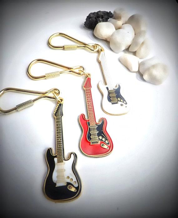 Fender Stratocaster Guitar Keychain Keyring - Choice of Colour eabd3aaa1