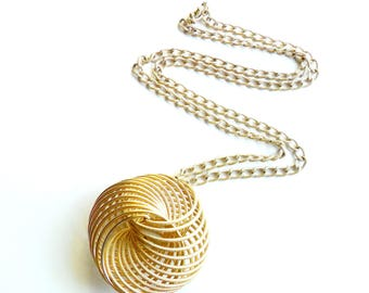 Vintage Coil Spring Pendant Necklace Textured Eloxal Aluminum Slinky Style Lightweight Metal Focal Chain