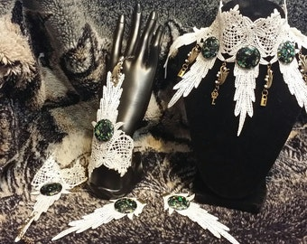 White Feather Lace Collar/Choker, Slave Cuffs and Earing set with Green and Black Round Cabochon Pendants - CCS1000122