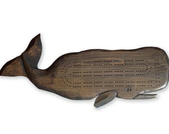 Carte de cribbage, sculpté comme une baleine, faite à Cape Cod, à la main