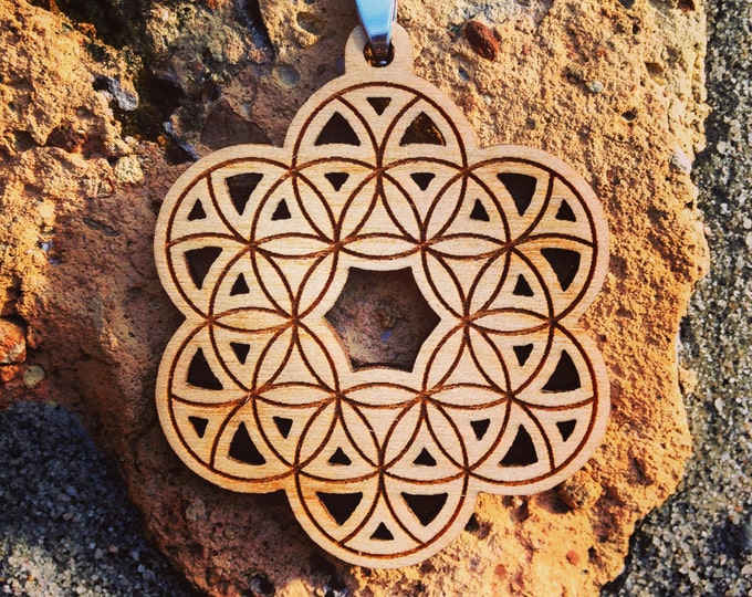 Laser Etched Flower Of Life Pendant