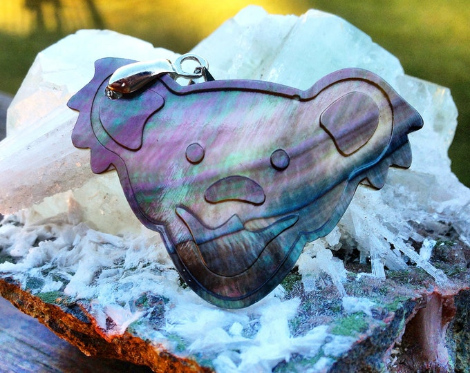 Bear Mother Of Pearl Pendant