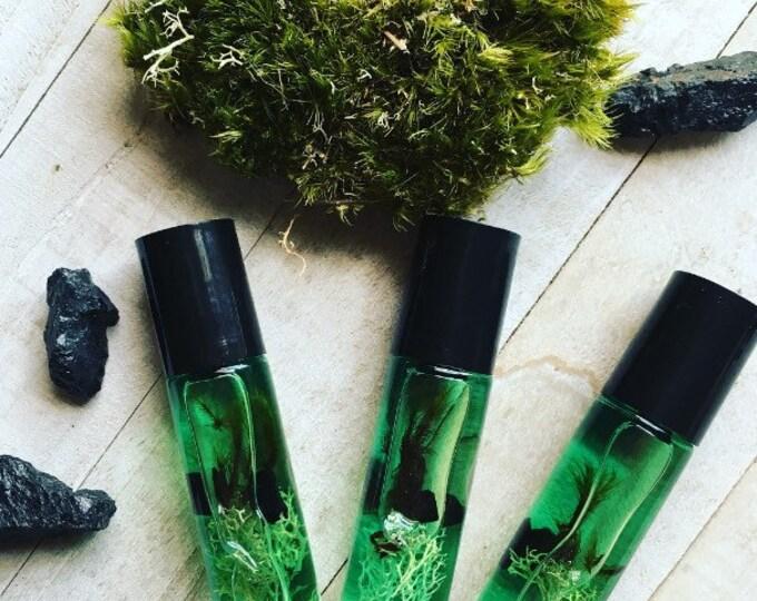 Oak Moss Perfume Body Oil Made By Enlighten Clothing Co