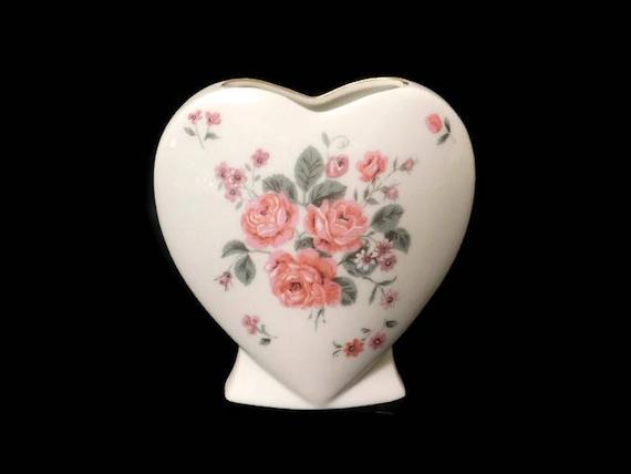 Vintage White Porcelain Heart Shaped Vase Made In Japan Etsy