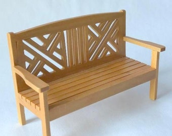 Miniature Dollhouse Or Roombox classic garden bench