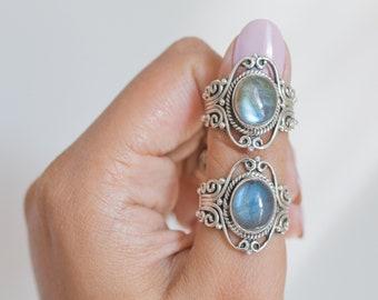 Oval Labradorite Bohemian Silver Ring - Dark Souls Ring