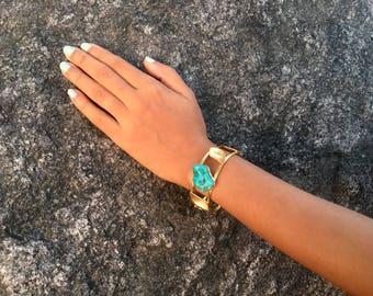 Turquoise stone/ leaf bracelet / gold plated / handmade