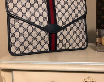 40d3d56a039 Sale Gucci Envelope Clutch The Number One