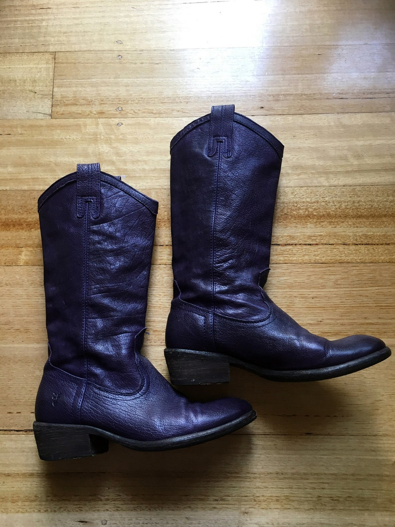 6fae2f999ce FRYE Boots CARSON Purple Leather Western Cowboy Cowgirl Boots – Ladies Size  6.5B (37) - Festival Boho