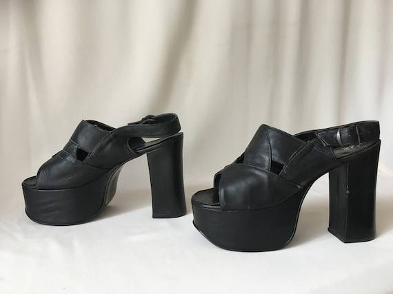 60s/70s Black Leather Platform Heels/Sandals – Siz