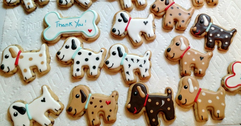Decorated Cookies Dogs Cats Fish Frogs Pets Bees pigs image 0