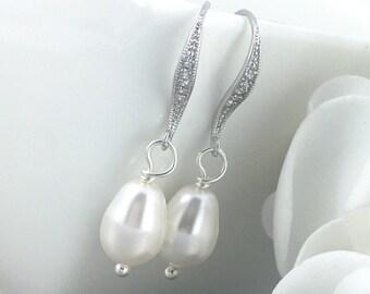 Bridesmaid Earrings Dangle Earrings Pearl Earrings Bridal Earrings Wedding Swarovski White Pearl Earrings Gift for Her Gift for Momss