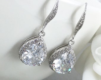 White Crystal Bridal Earrings Wedding Jewelry Teardrop Bride Earrings Wedding Earring Cubic Zirconia Dangle Earring CZ Bridesmaid Gift