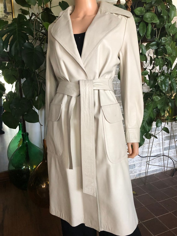 Taupe leather trenchcoat