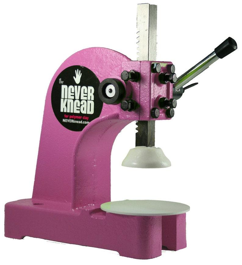 NeverKnead in Hot Pink